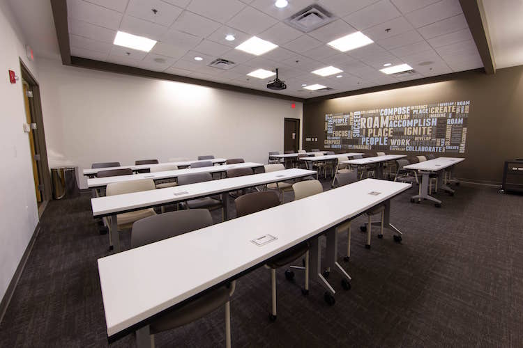 Classroom seating in large Atlanta meeting room