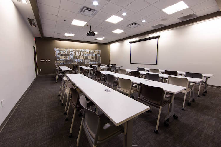 Classroom seating in spacious Atlanta meeting room