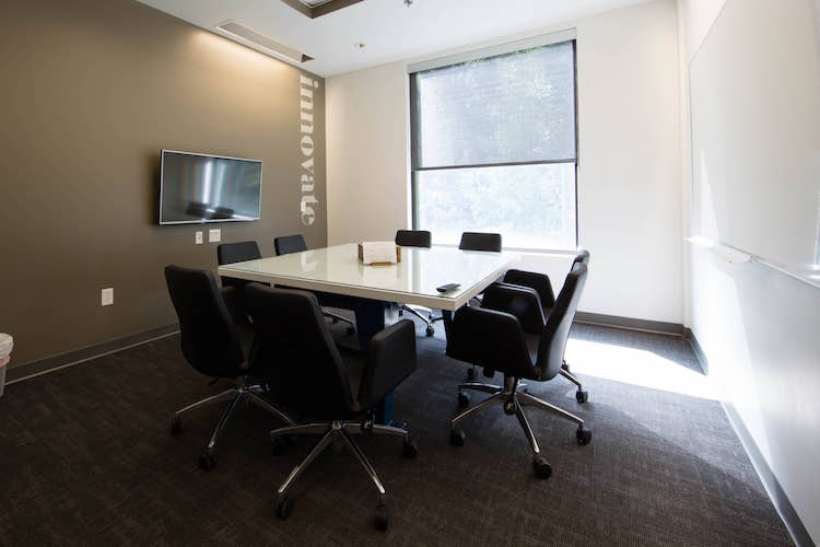 Meeting room for 8 people with window in Alpharetta, GA