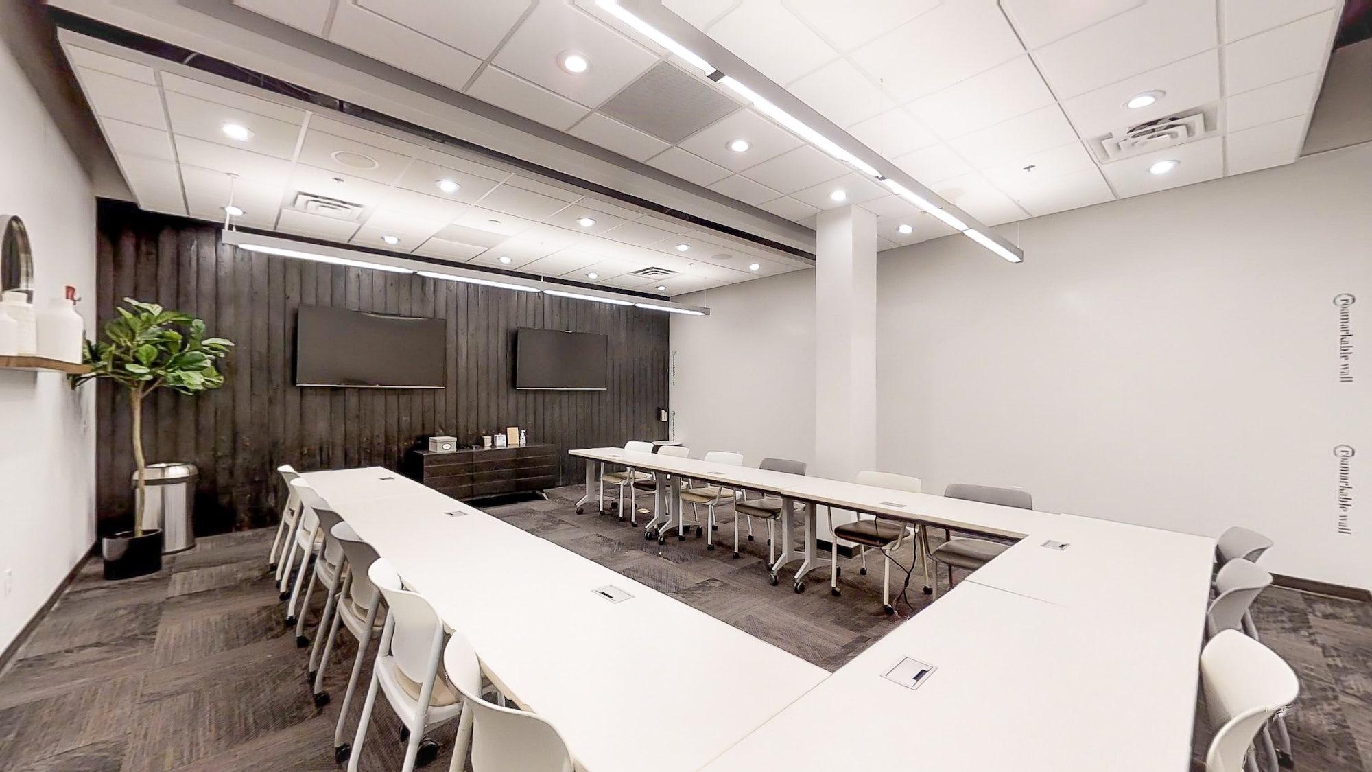 Innovative Atlanta training room with u-shape seating