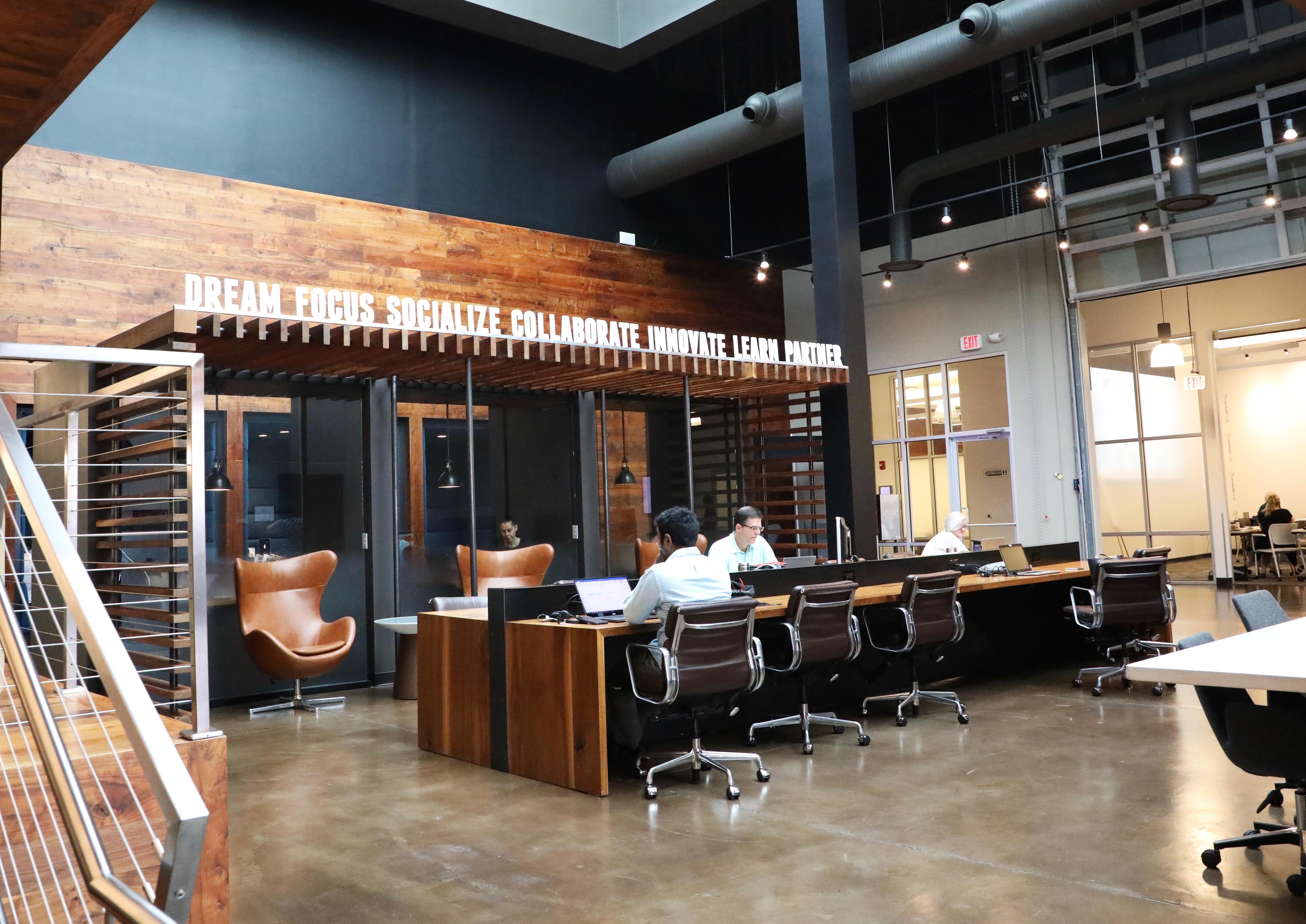 Shared workspace at Roam Galleria